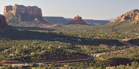 Natural landscape, Mountainous landforms, Landscape, Plateau, Terrain, Outcrop, Mountain, Butte, Hill, Geology,