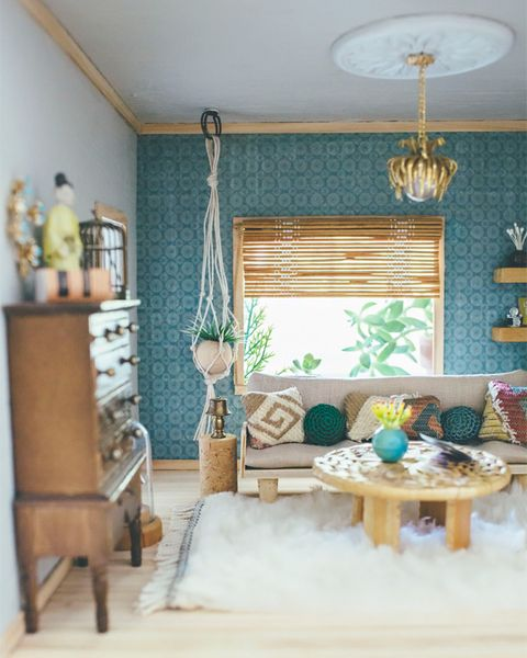 Dollhouse livingroom makeover