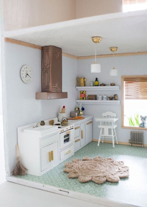 Dollhouse kitchen makeover