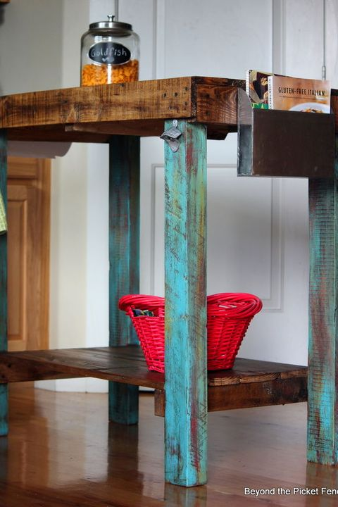 Magnificent 22 Diy Reclaimed Wood Projects Crafts With Repurposed Wood Ibusinesslaw Wood Chair Design Ideas Ibusinesslaworg