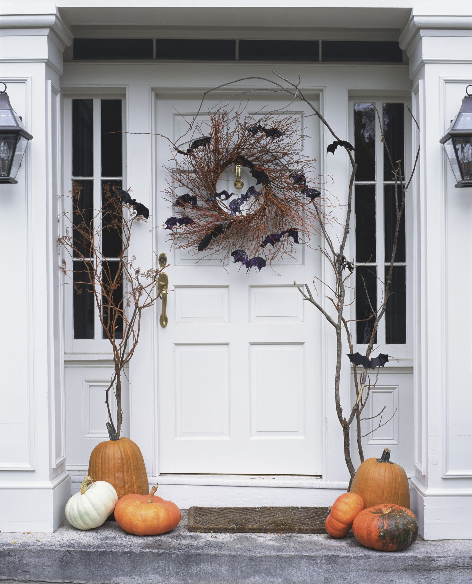 43 Best Outdoor Halloween Decoration Ideas - Easy Halloween Yard and ...