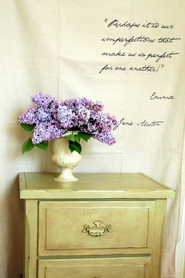 10 Ideas for Repurposing Family Heirlooms - Family Heirloom Display ...
