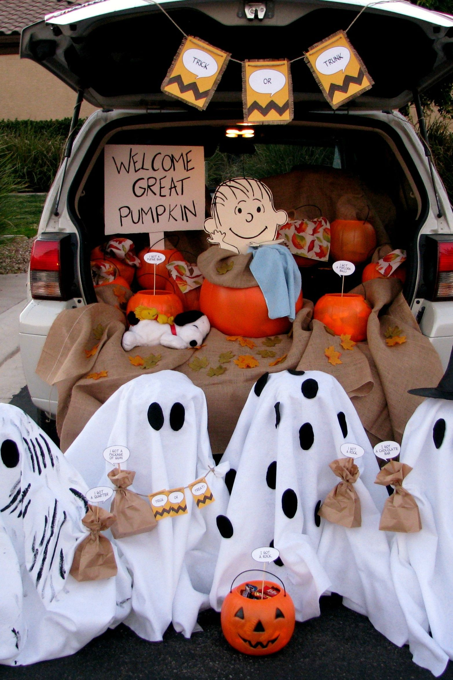 Trunk-or-Treating ideas.