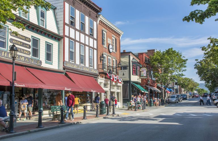 15 best small towns in new england ideas for new england for Best small towns to live in colorado
