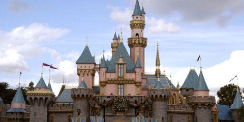 Sky, Landmark, Spire, Castle, Turret, Cumulus, Finial, Medieval architecture, Holy places, Walt disney world,