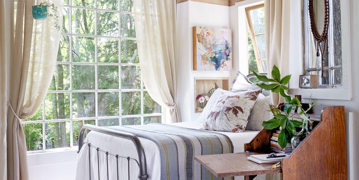 42 Cozy Bedroom Ideas - How To Make Your Room Feel Cozy