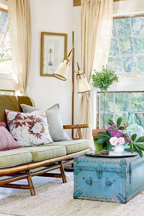 Interior design, Room, Home, Furniture, Interior design, Living room, Flowerpot, Window treatment, Window covering, Fixture,