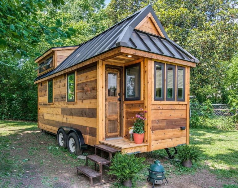this tiny farmhouse will make you want to downsize asap cedar mountain tiny house. Black Bedroom Furniture Sets. Home Design Ideas