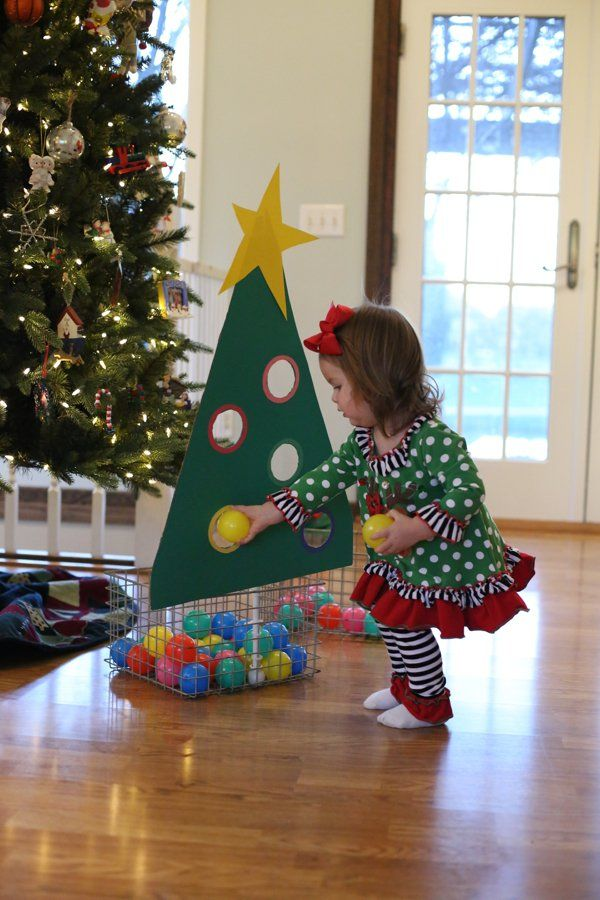 25 Fun Christmas Games Activities For Kids Holiday Kids Table Ideas
