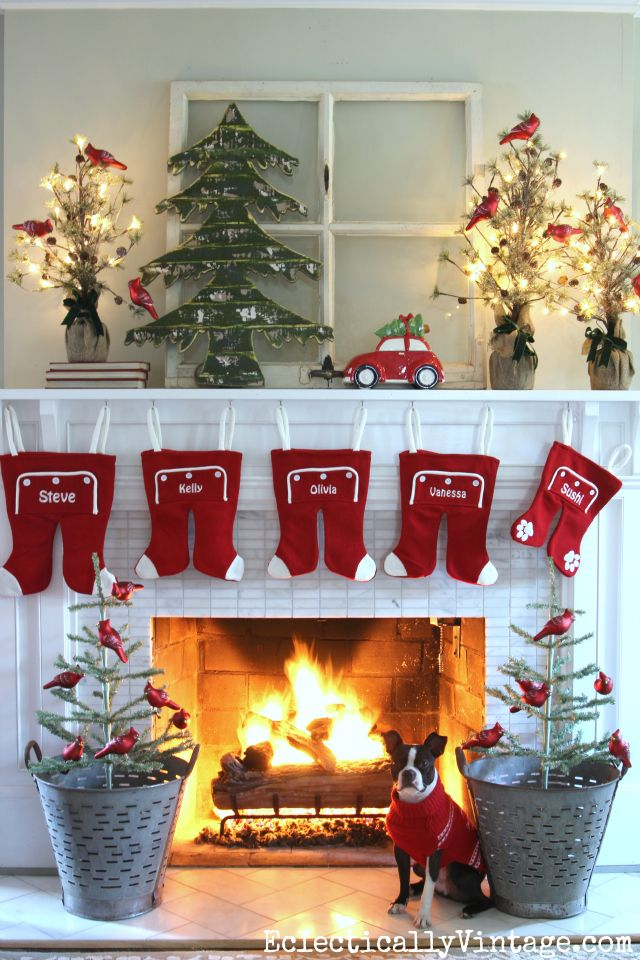 56 Christmas Mantel Decorations Ideas For Holiday Fireplace Decorating