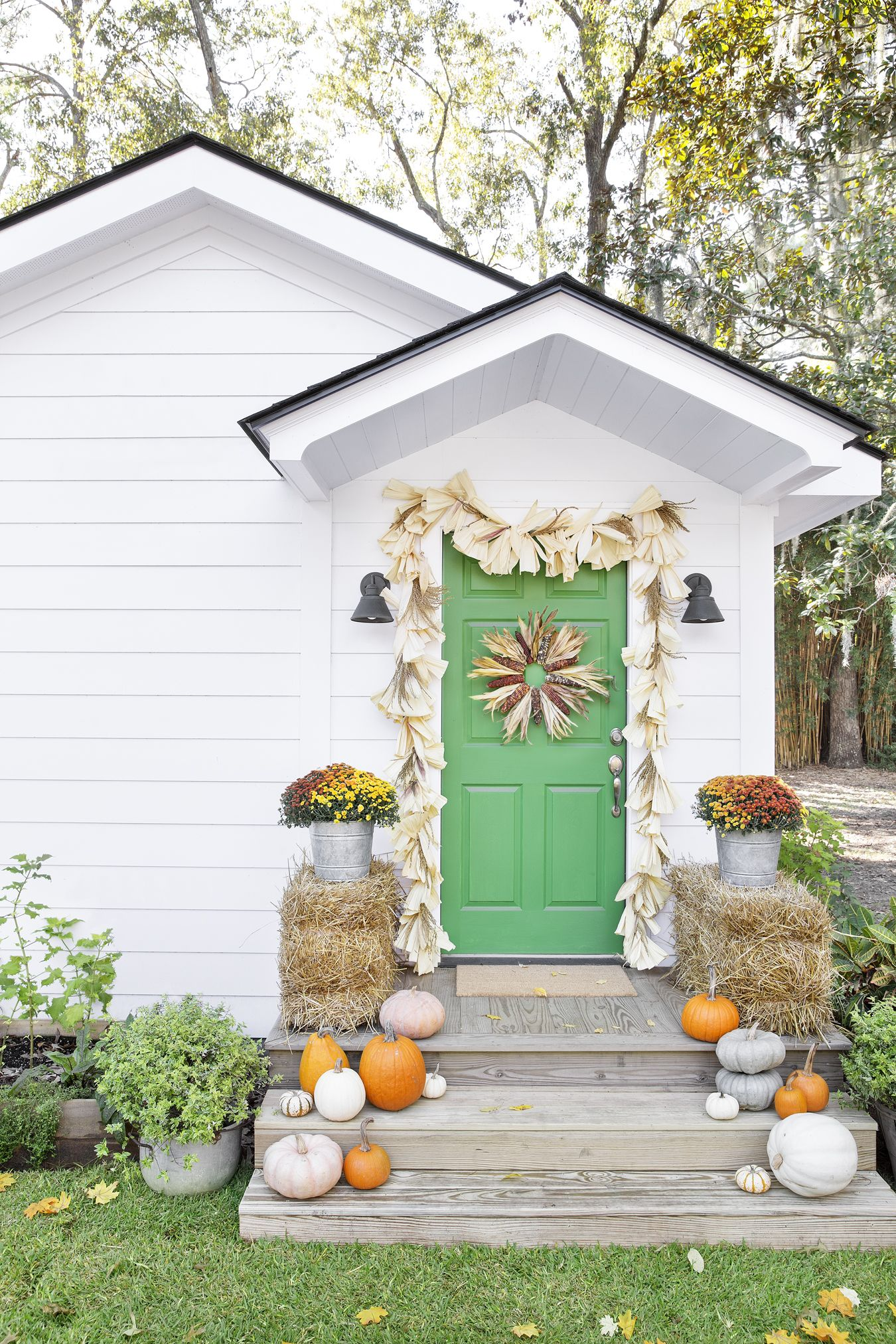Superbe Fall Porch Decorating Ideas Corn Husks