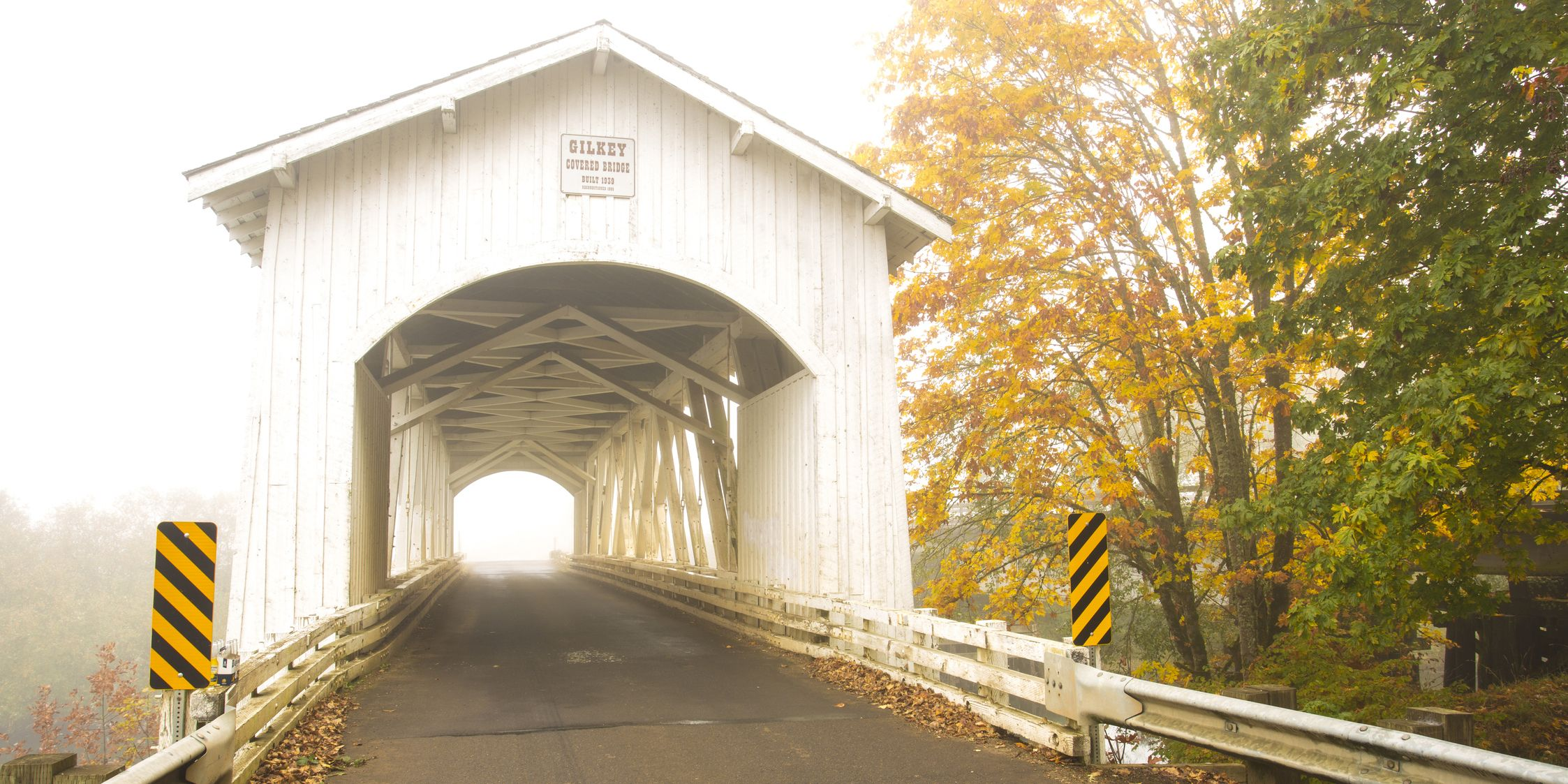 covered bridges in fall