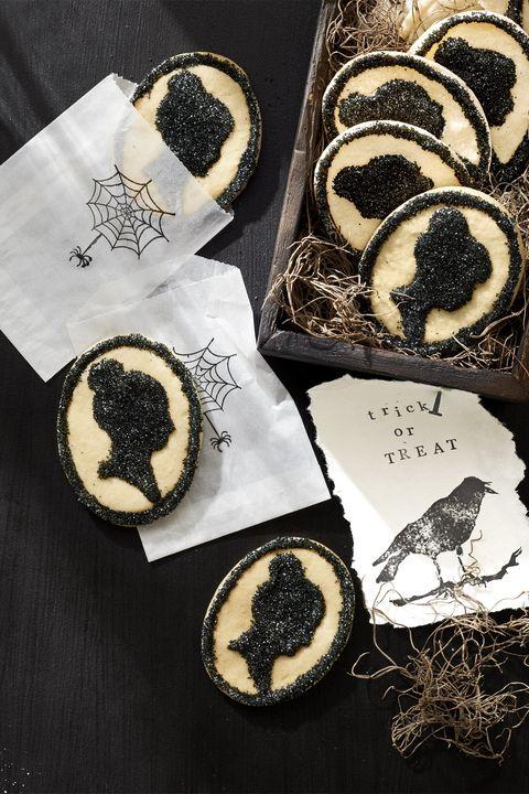 halloween spooky saving face cookies