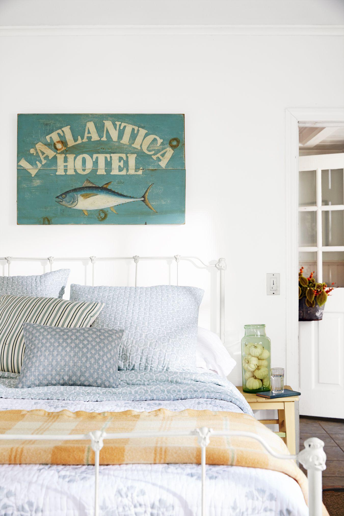 Cozy bedroom design Vintage Cozy Bedroom Ideas Fall Hues Contemporist 37 Cozy Bedroom Ideas How To Make Your Room Feel Cozy
