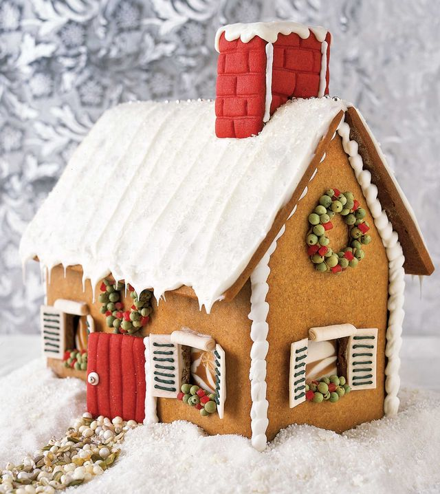 gingerbread house, gingerbread, food, house, dessert, winter, icing, snow, christmas decoration, home,