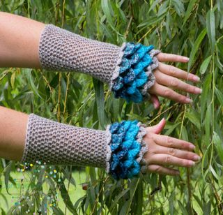 Dragon Gloves Are The Coziest Thing Youll Wear This Winter