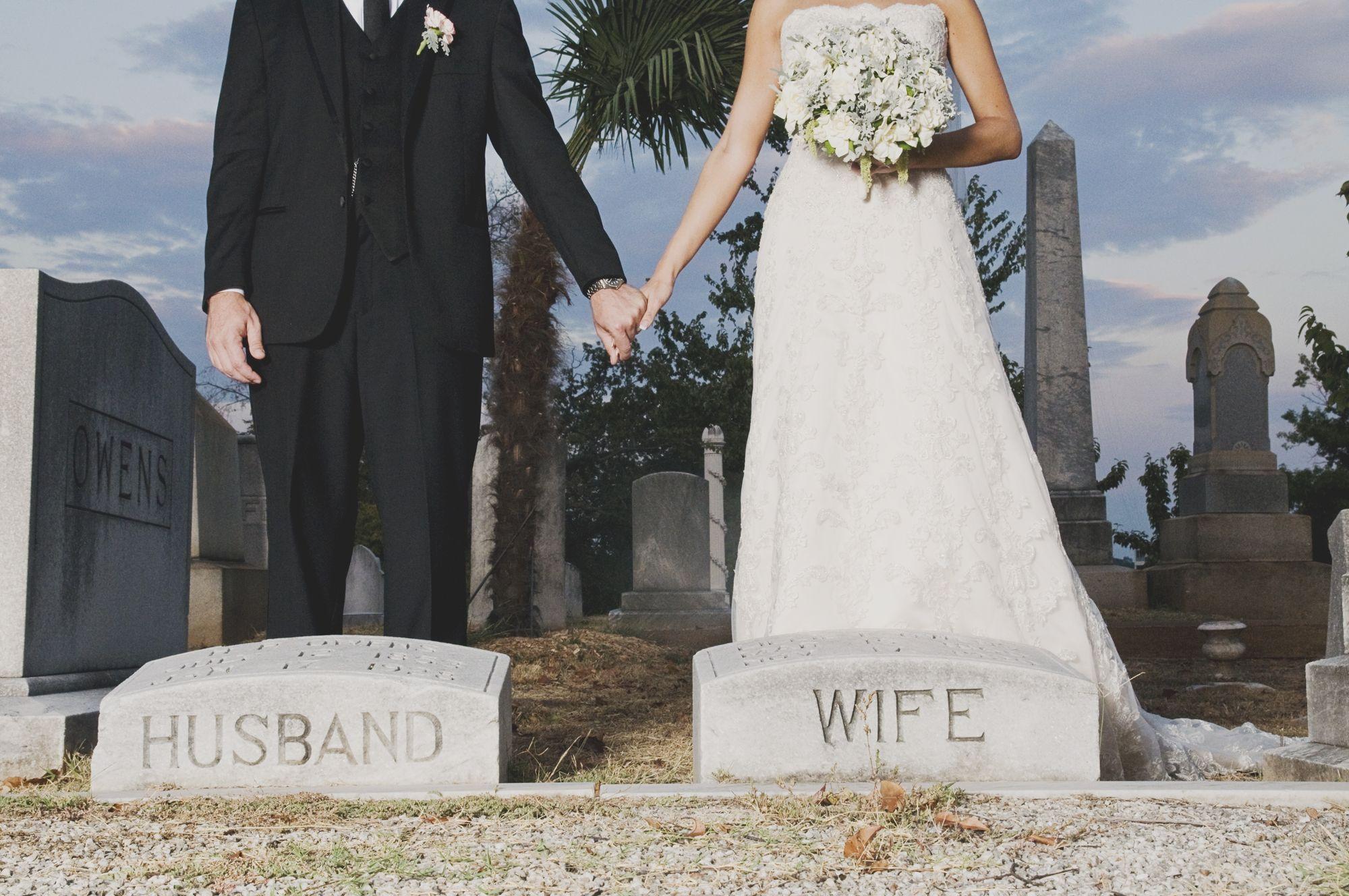 Gothic Weddings HalloweenThemed Weddings - Corpse Bride Inspired Wedding Dress