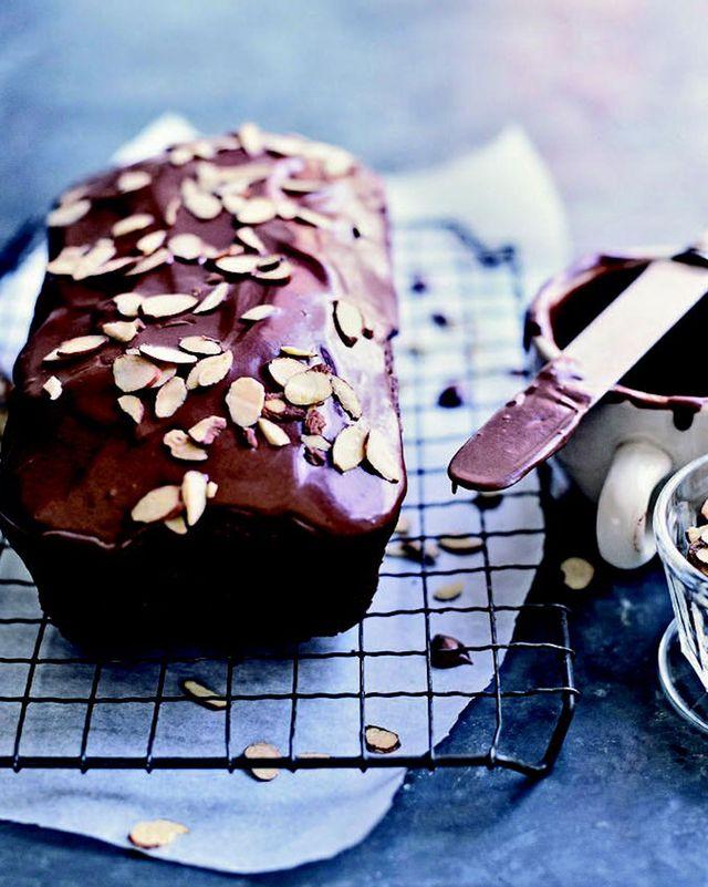 food, dish, cuisine, dessert, baked goods, ingredient, sweetness, baking, glaze, chocolate,