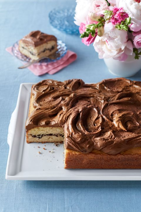 vanilla sheet cake with chocolate cinnamon filling