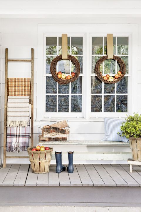 fall porch decorating ideas apple wreaths