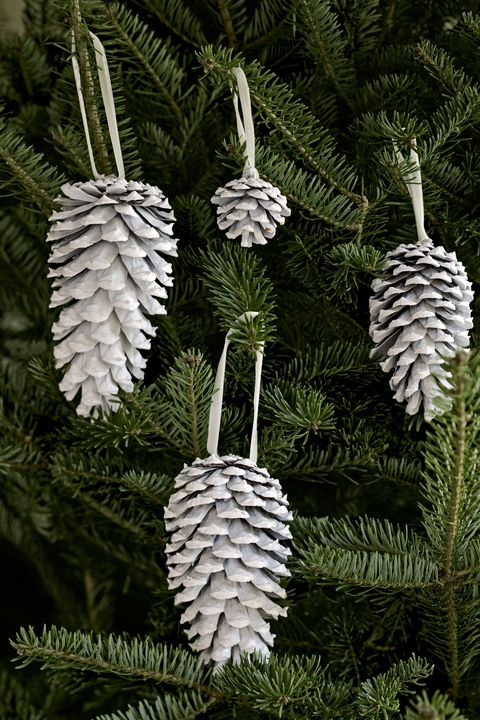 pinecone homemade christmas ornaments