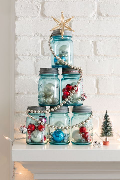 40 diy homemade christmas decorations christmas decor you can make mason jar christmas tree solutioingenieria Choice Image