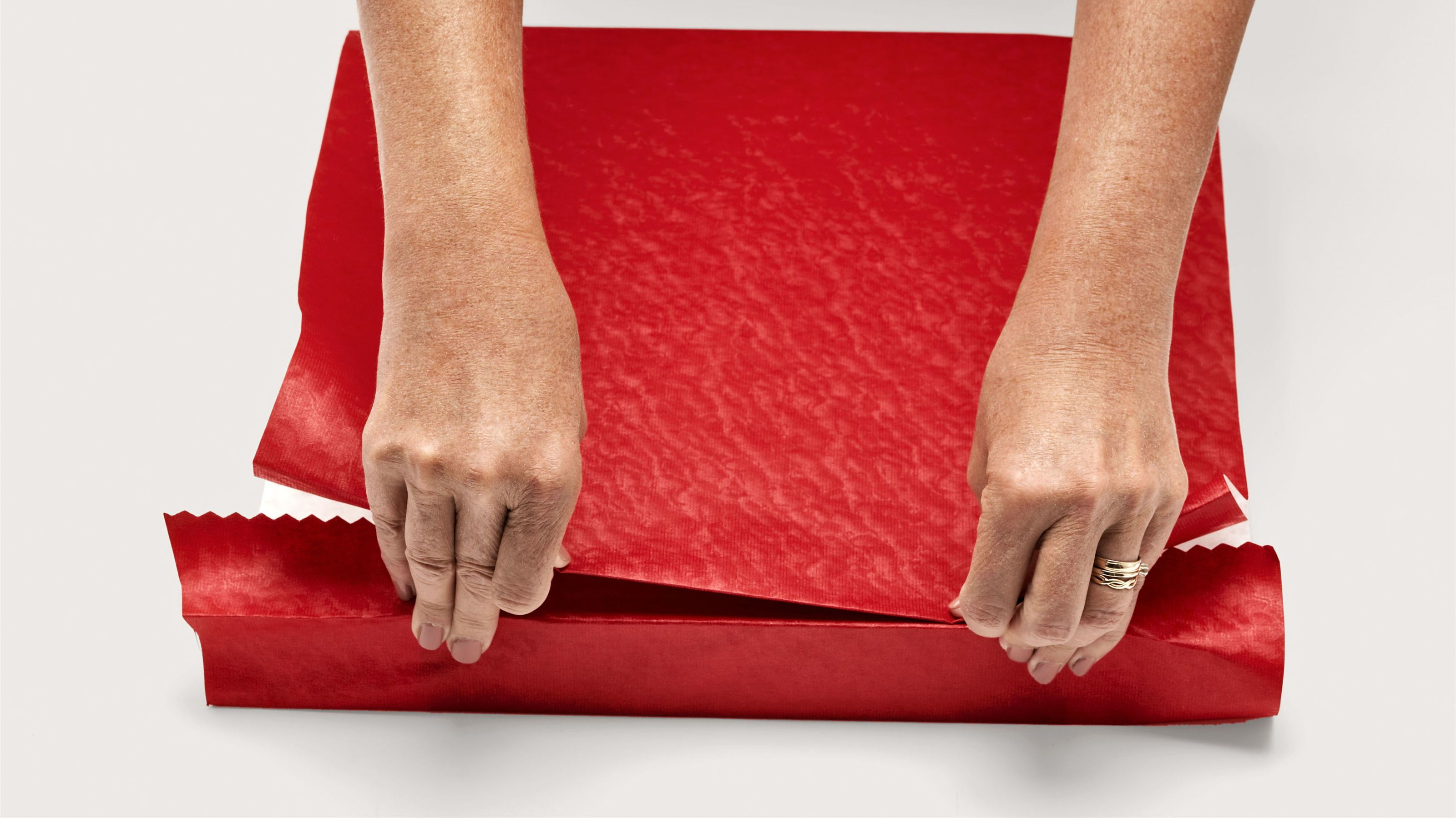 how to wrap a gift perfectly & How to Wrap a Gift - Wrapping a Present Step by Step Instructions ...