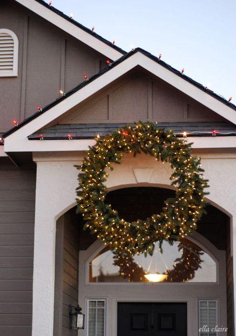 Giant Christmas Wreath Trend Christmas Wreath Decorating