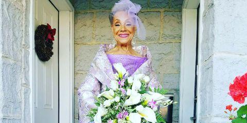 Purple, Petal, Bouquet, Lavender, Fashion, Beauty, Violet, Lipstick, Cut flowers, Flower Arranging,