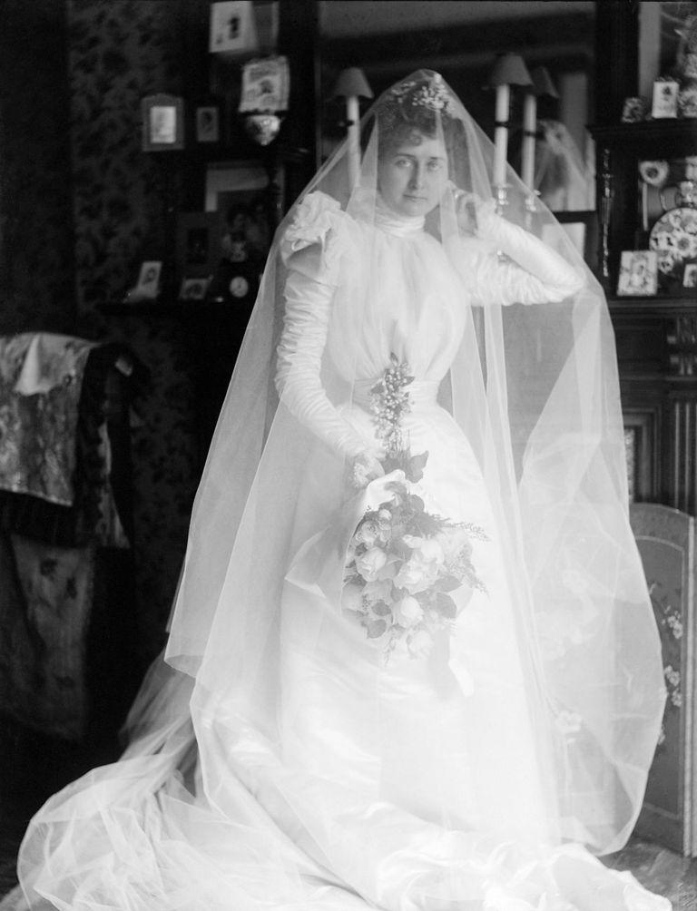 Weird Victorian Marriage Advice