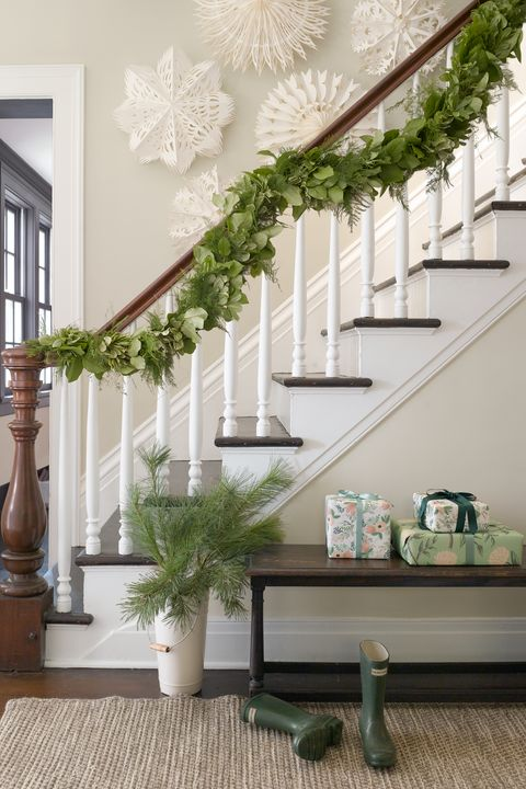 Best Christmas Garland Ideas Decorating Holiday Garlands