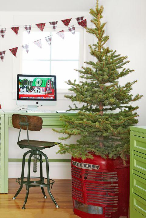 tractor christmas tree