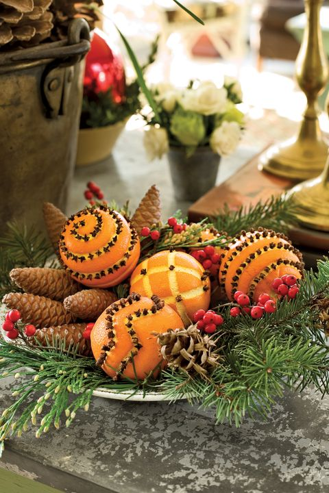 christmas table settings centerpieces oranges