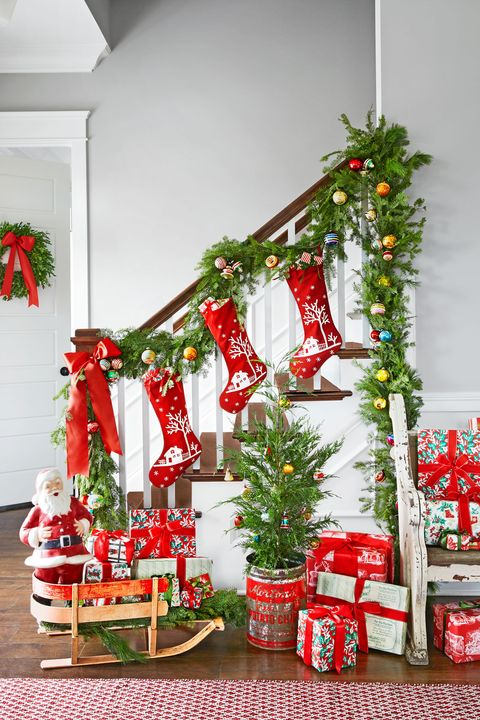 colorful entryway christmas decorating idea - Cabins Decorated For Christmas