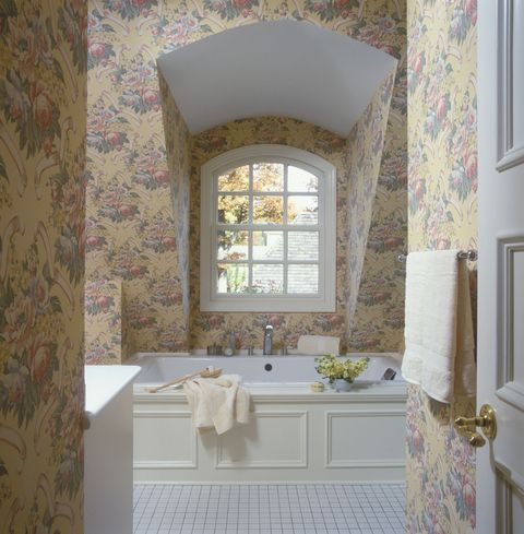 Room, Interior design, Architecture, Plumbing fixture, Property, Bathroom sink, Wall, Tap, Tile, Flooring,
