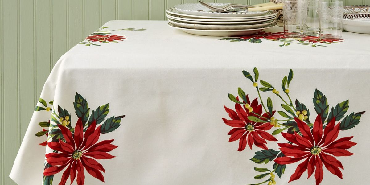 Vintage Christmas Tablecloths and Linens - Collecting Vintage Holiday Linens