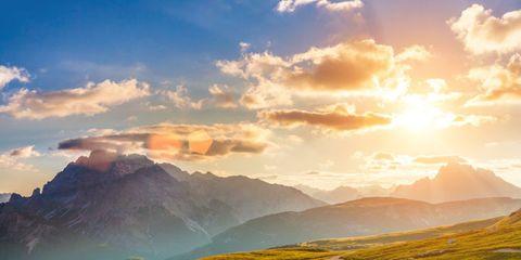 Sky, Mountainous landforms, Cloud, Mountain range, Highland, Natural landscape, Atmosphere, Landscape, Hill, Valley,