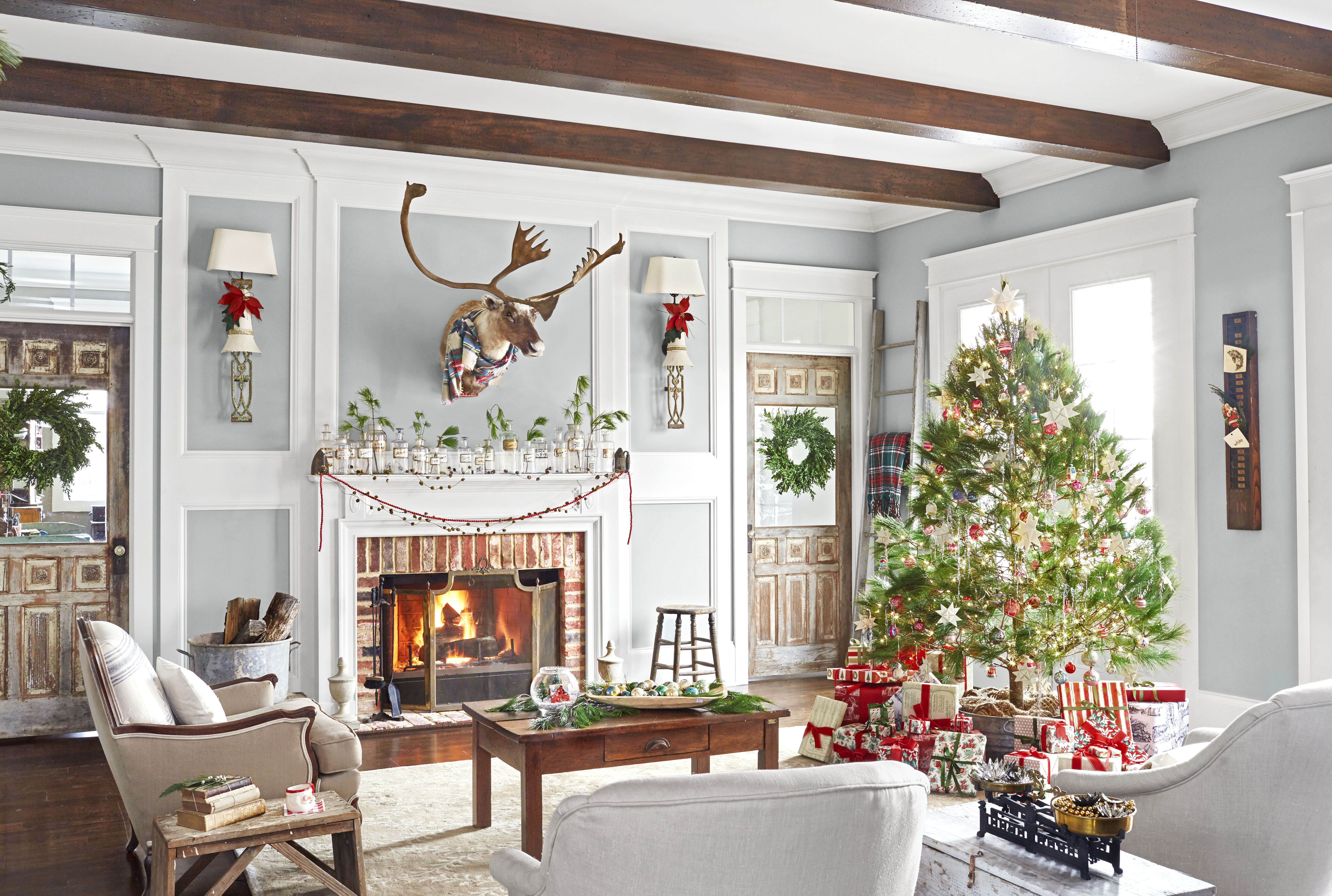 30 best christmas home tours houses decorated for christmas - How To Decorate A Ranch Style Home For Christmas