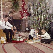 Christmas, Christmas eve, Room, Event, Christmas tree, Christmas decoration, Tree, Interior design, Interior design, Tradition,