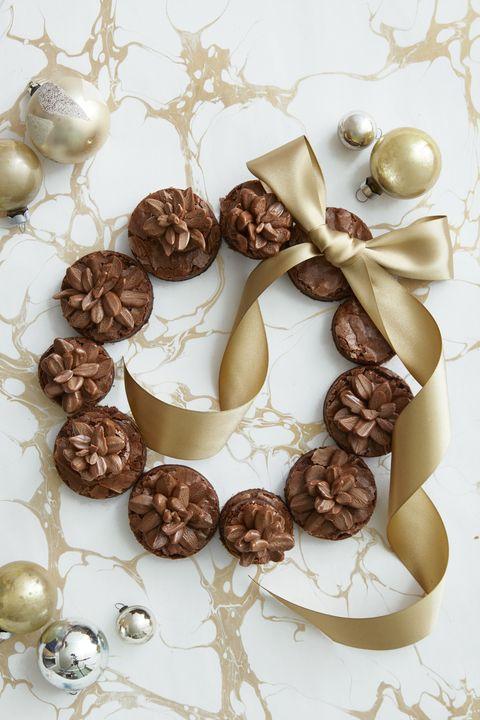 Pinecone Brownie Wreath Recipe