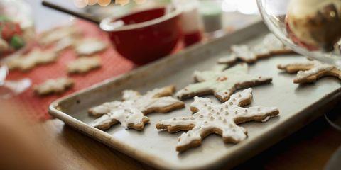 Food, White, Cuisine, Ingredient, Recipe, Finger food, Beige, Serveware, Bredele, Cooking,