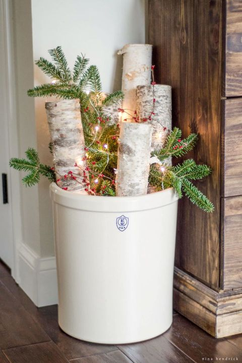 winter decor idea birch logs - Birch Christmas Decorations