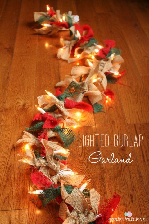 How To Make A Lighted Burlap Garland Diy Christmas Decor