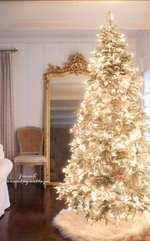 Interior design, Wood, Room, Property, Christmas decoration, Christmas tree, Interior design, Home, Floor, Holiday,