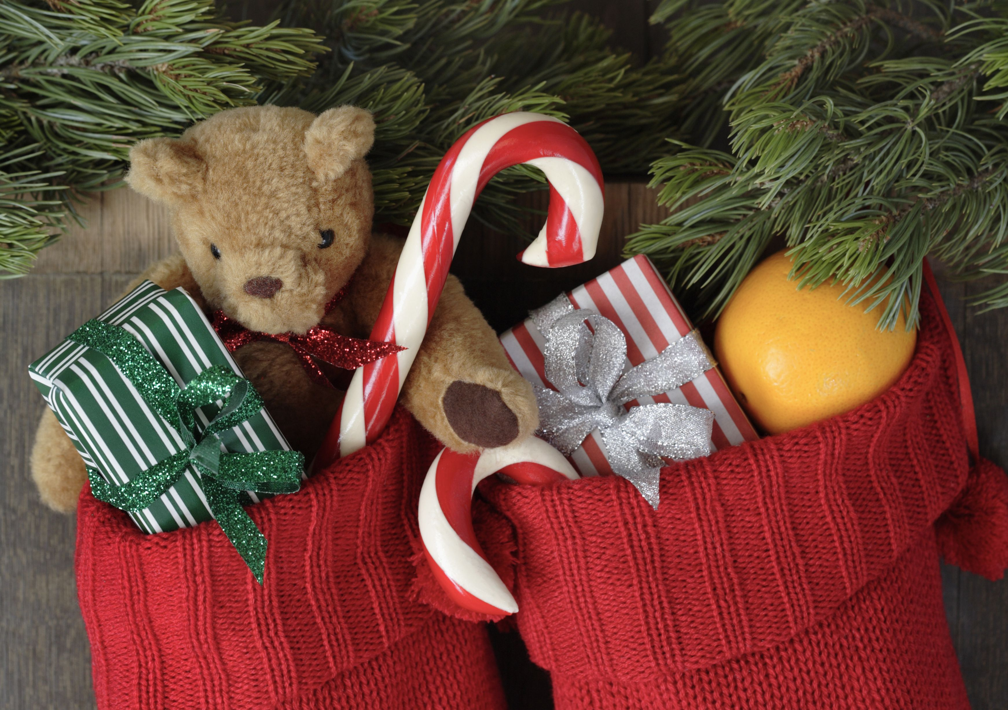 The Reason We Leave Oranges in Christmas Stockings - History of ...