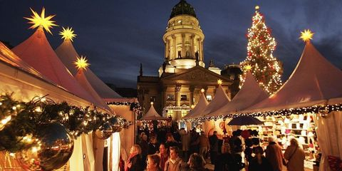 Lighting, Public space, Holiday, Midnight, Christmas decoration, Christmas, Christmas lights, Festival, Market, Tradition,