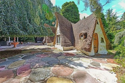 Art, Flagstone, House, Paint, Cobblestone, Village, Cottage, Building material, Yard, Painting,
