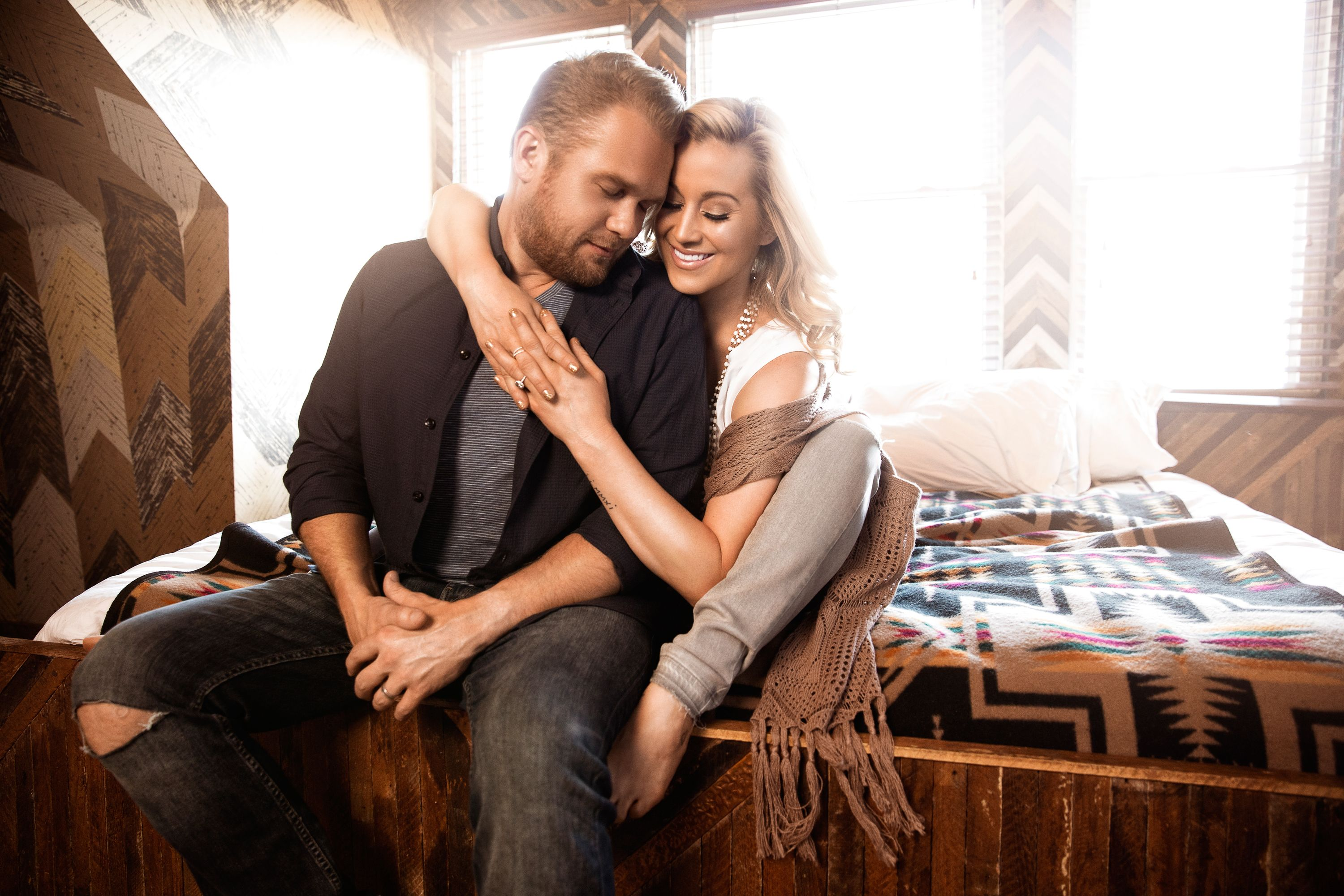 Kellie Pickler Has Pulled Together the Ultimate Country Christmas ...