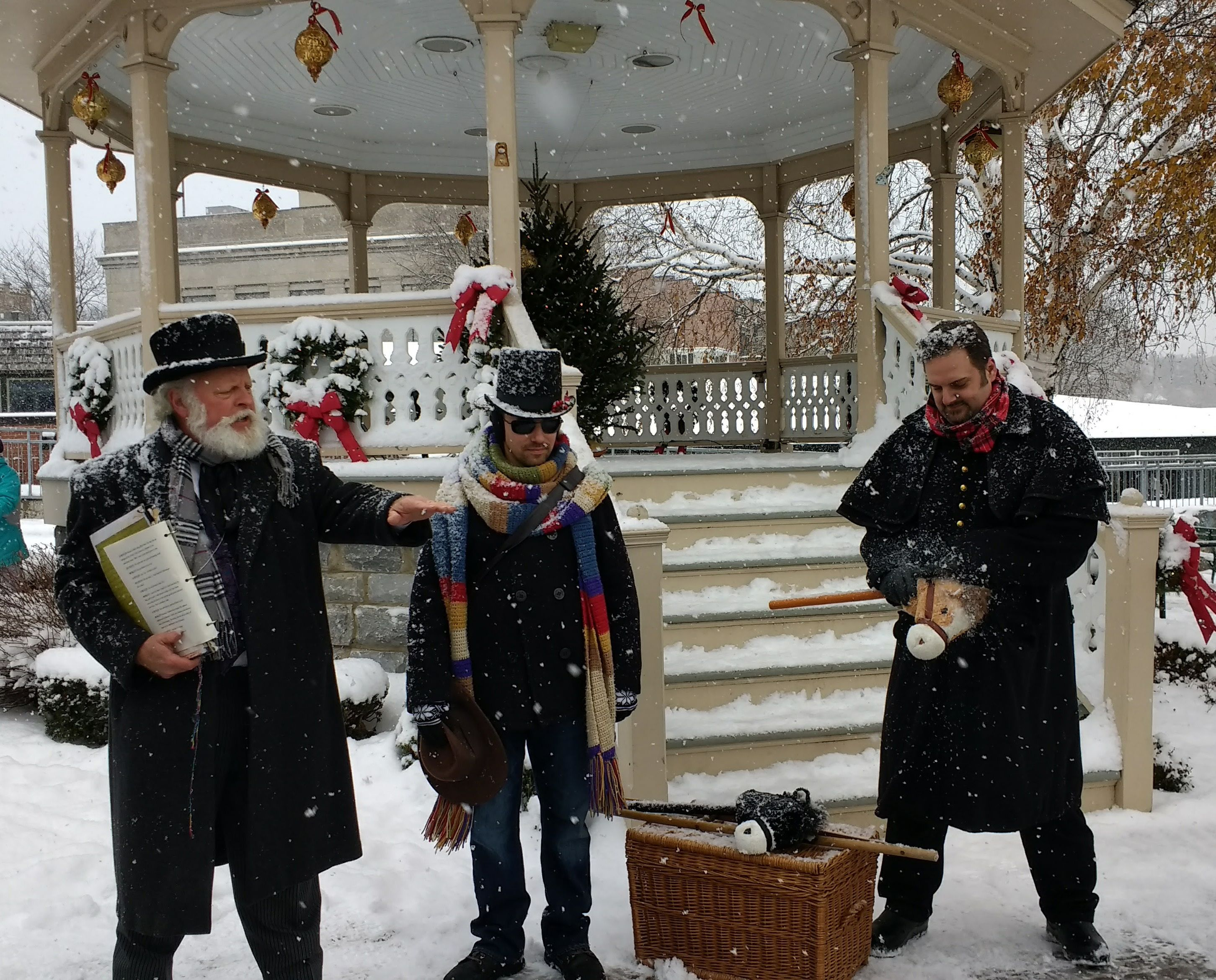 dickens christmas festival in skaneateles ny a christmas carol festival in upstate new york - Skaneateles Christmas