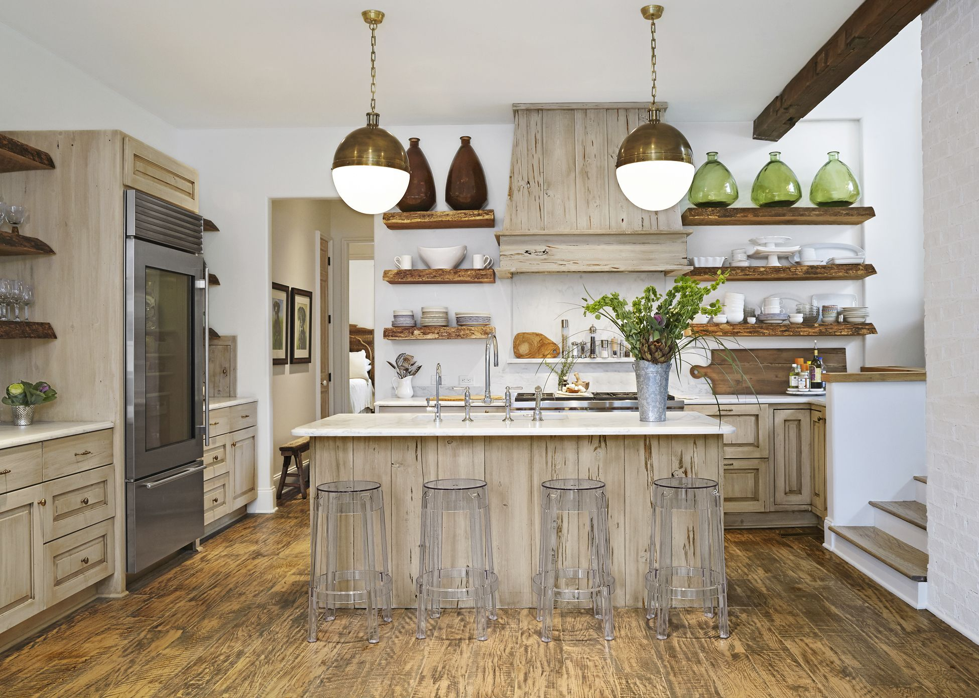 15 Gorgeous Kitchen Trends for 2019 - New Cabinet and Color Design on flooring for bathrooms, flooring for pets, flooring for laundry rooms, flooring for dining room, flooring for country kitchen, flooring for garden, flooring for contemporary kitchen, flooring for modern kitchens, flooring for bedrooms, flooring for countertops, flooring for family, flooring for small kitchen, flooring for living rooms, flooring for home,